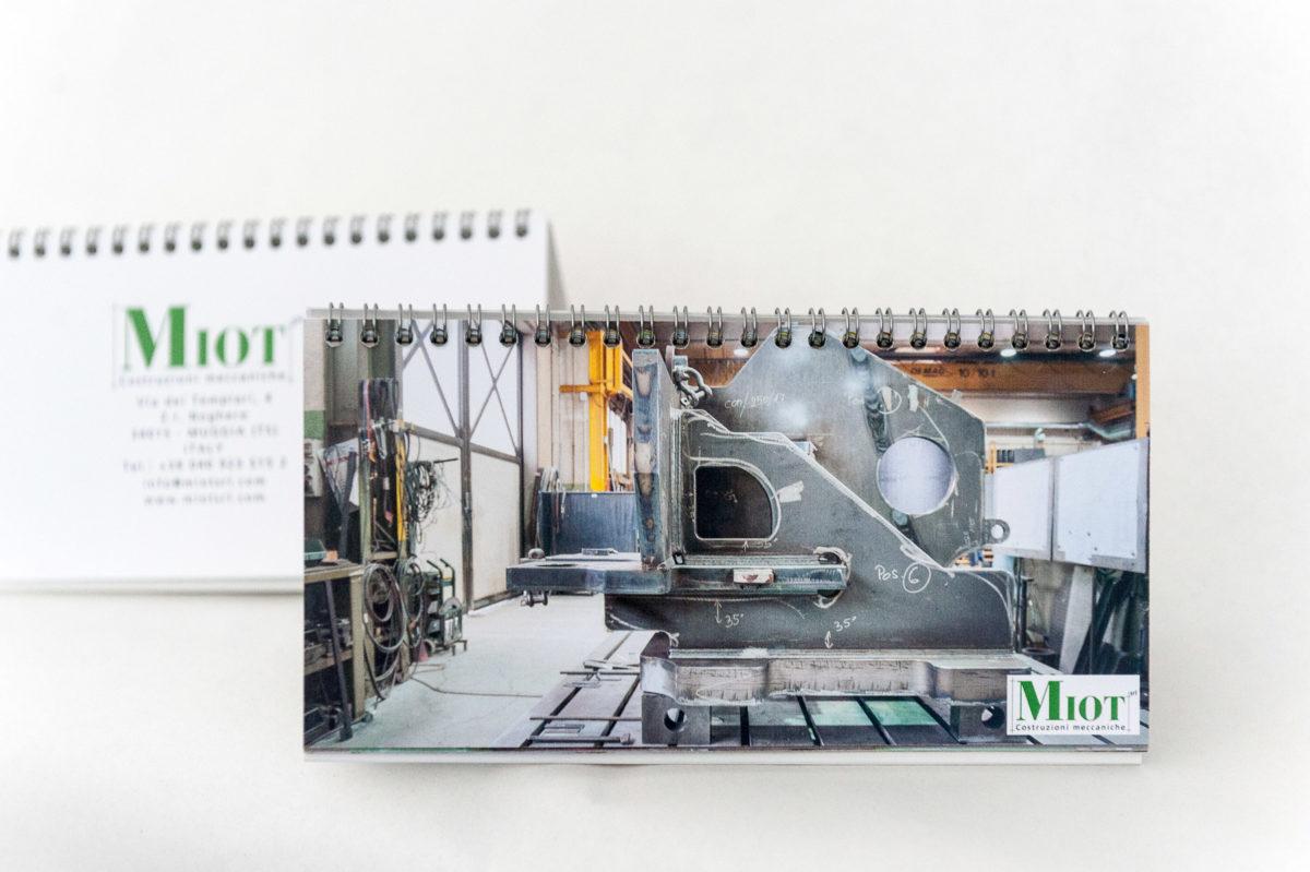 Elisa Biagi Miot fotografia industriale calendario 2018